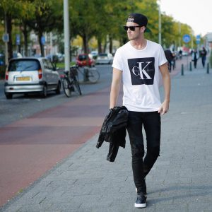 29-designer-t-shirt-and-rugged-jeans