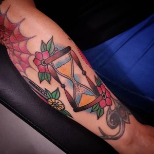 HourglassTattoo33