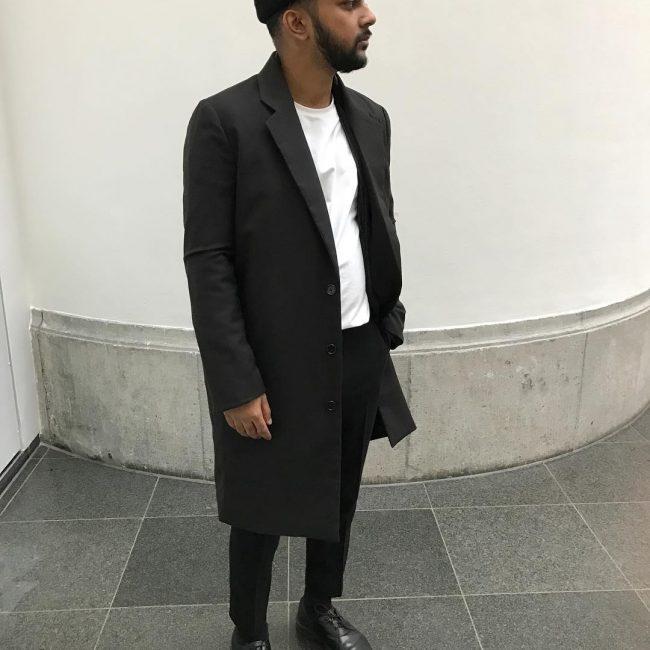 37-plain-black
