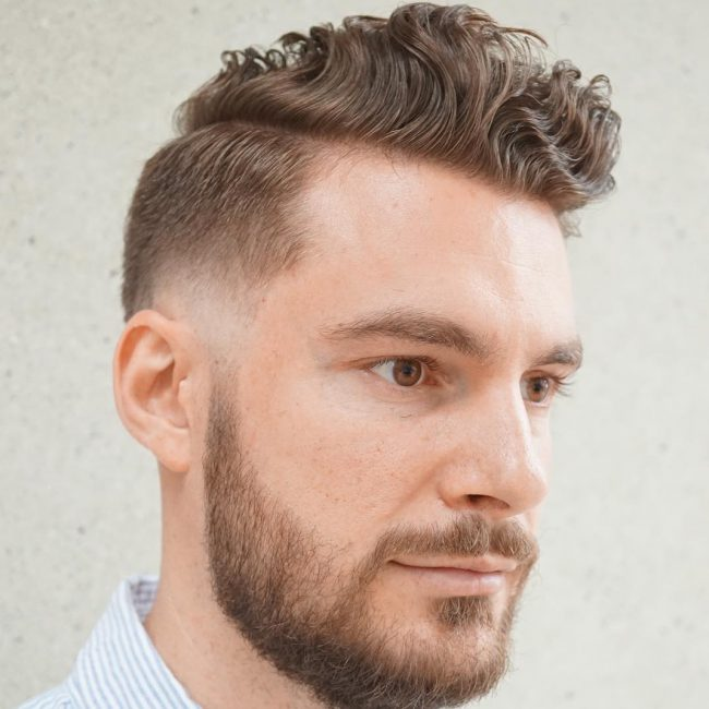 38-curly-pomp-top