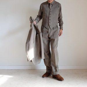 4-classic-suit