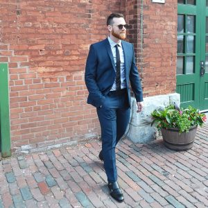 4-fitting-navy-blue-modern-suit