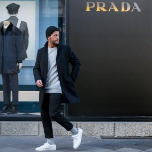 42-modern-urban-outfit-with-beanie-hat