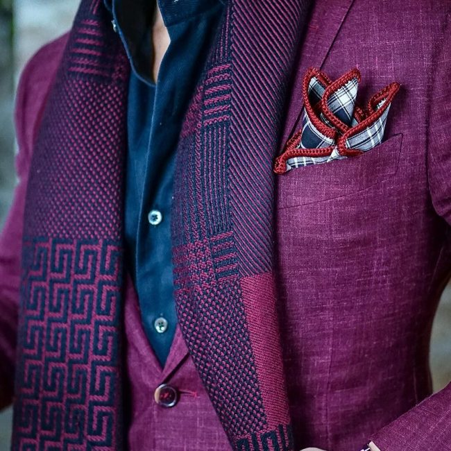 5-stylish-and-checked-border-pocket-square