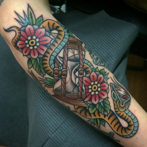 HourglassTattoo61