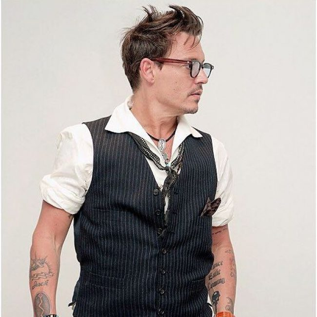 7-it-is-all-waves-for-johnny-depp