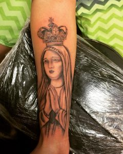 CrownTattoo9