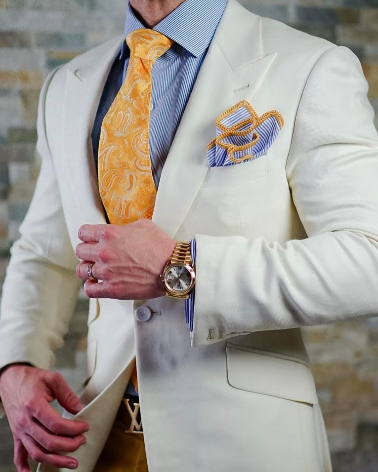 40 Ways to Accessorize the Suit with a Handkerchief ...