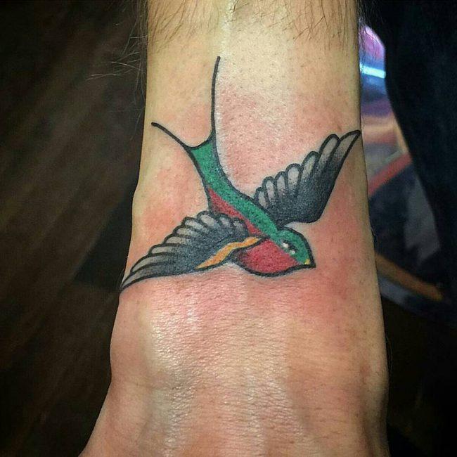 swallow-tattoo-10