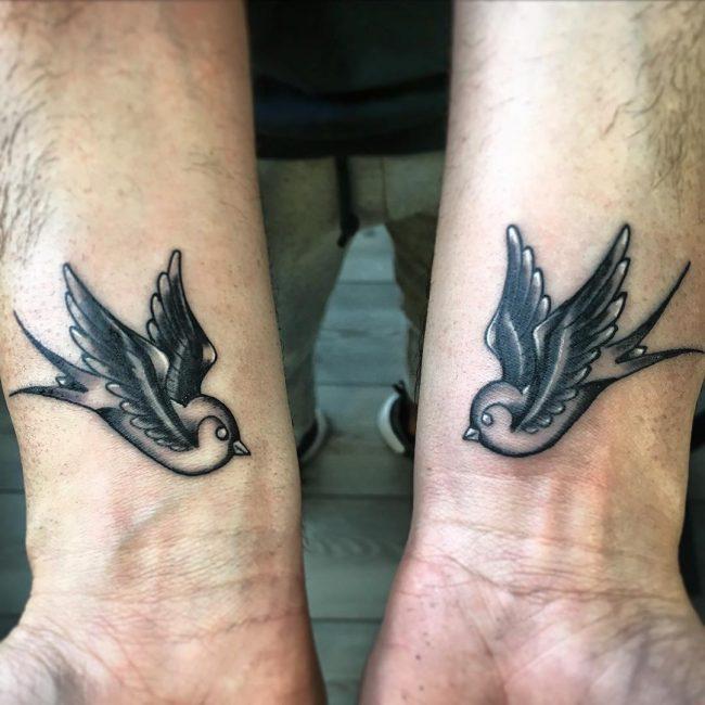 swallow-tattoo-4