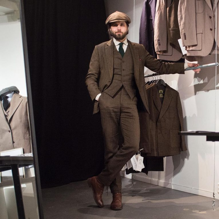 Tweed Suit 58