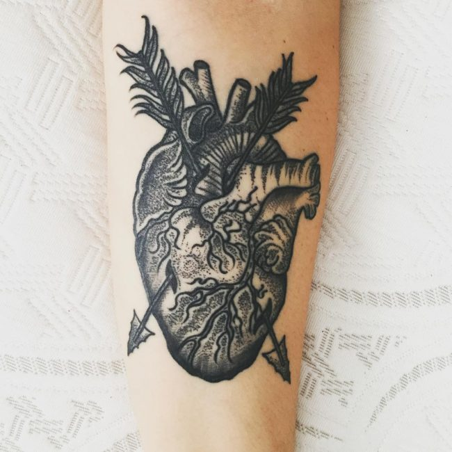 anatomical-heart-tattoo-17