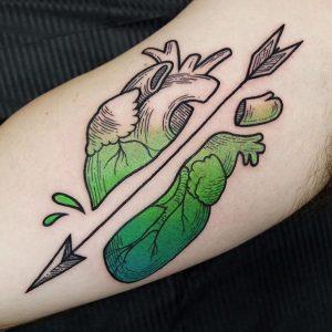 anatomical-heart-tattoo-43