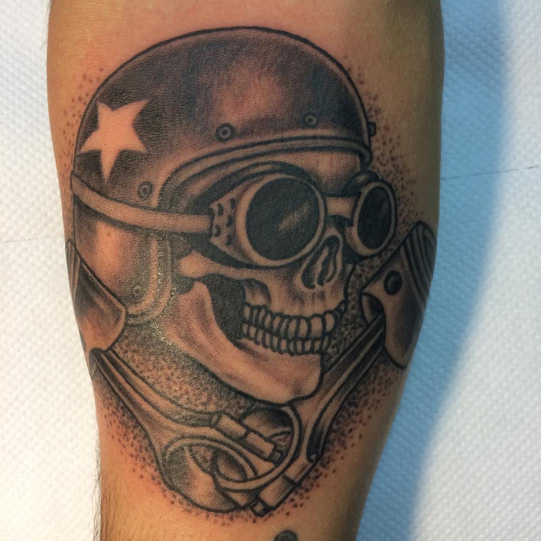 Фото байкеры с татуировкой