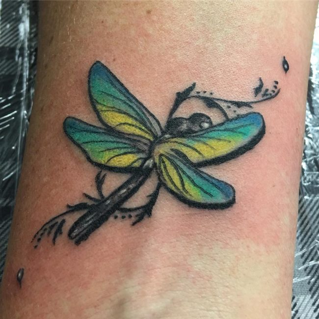 dragonfly-tattoo-22