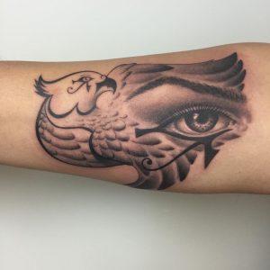 eye-of-ra-tattoo-12