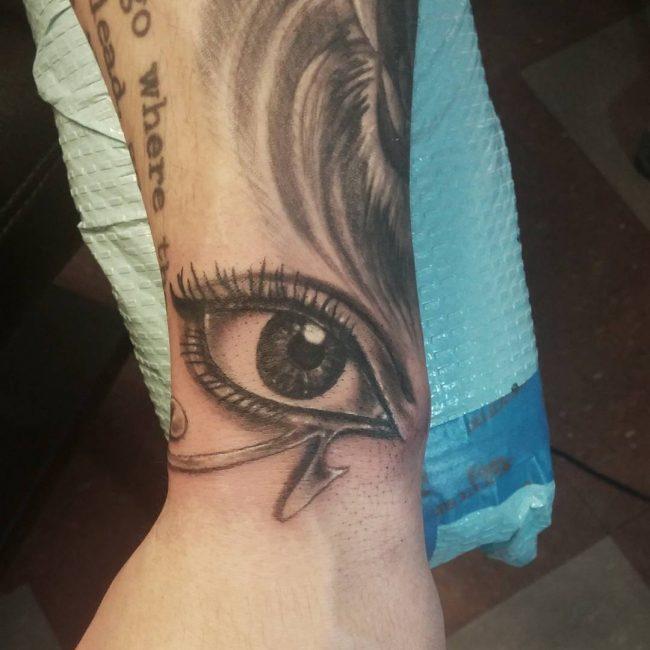 eye-of-ra-tattoo-14