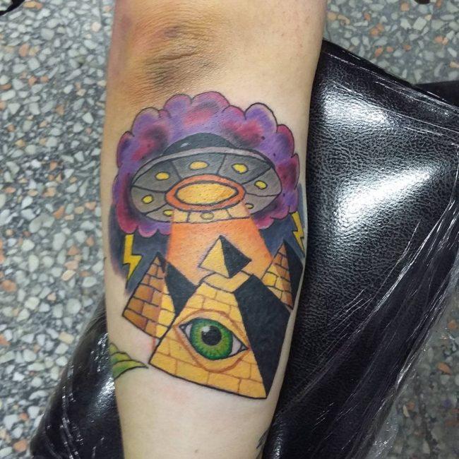 eye-of-ra-tattoo-25