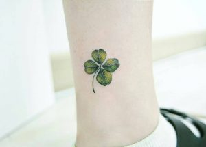 four-leaf-clover-tattoo-44