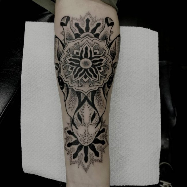 giraffe-tattoo-20