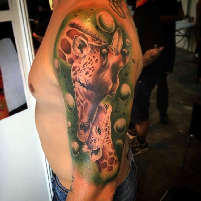 giraffe-tattoo-5