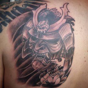 japanese-mask-tattoo-37