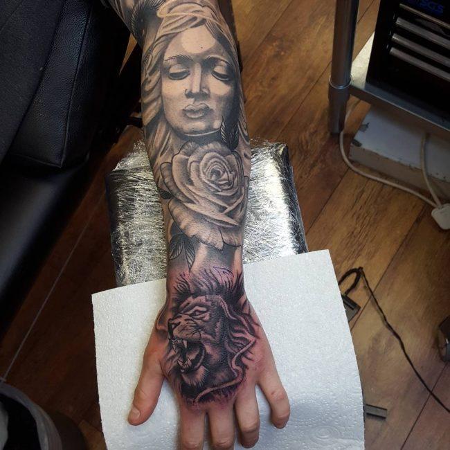 lion-tattoo-14