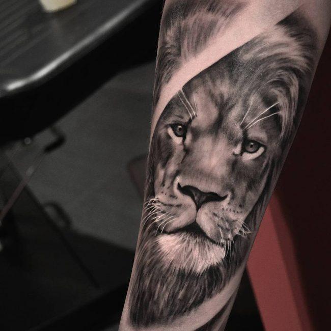 lion-tattoo-15
