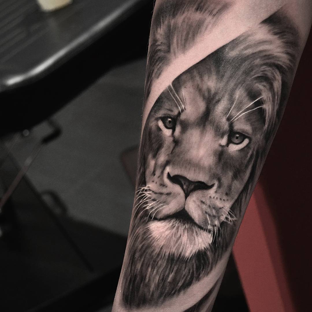 80 Awesome Lion Tattoo Designs