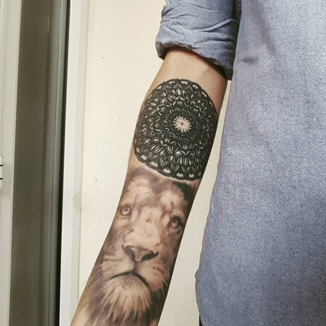 lion-tattoo-19