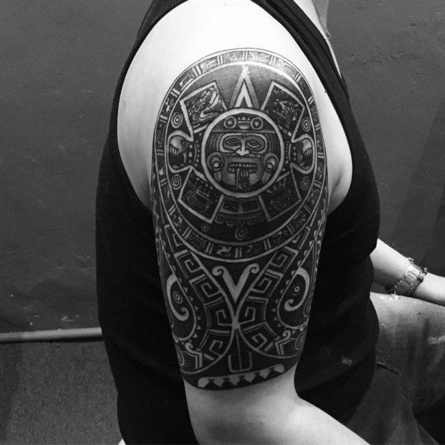 50 hypnotizing maori tattoo designs acsient and sacred symbols. Black Bedroom Furniture Sets. Home Design Ideas
