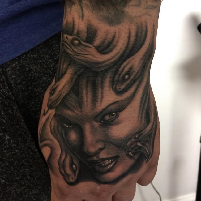 Style Hair Man: 40 Amazing Medusa Tattoo Designs