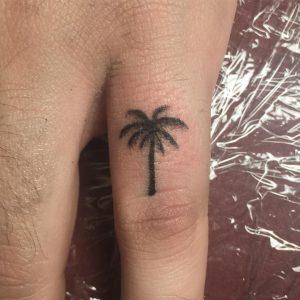 palm-tree-tattoo-18