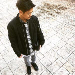 1-black-white-checkered