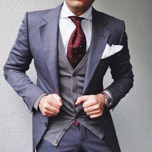 1-classic-fitting-grey-designer-suit