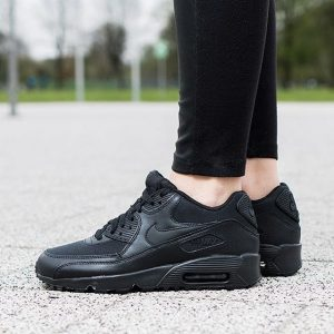 1 Clean All Black Kicks