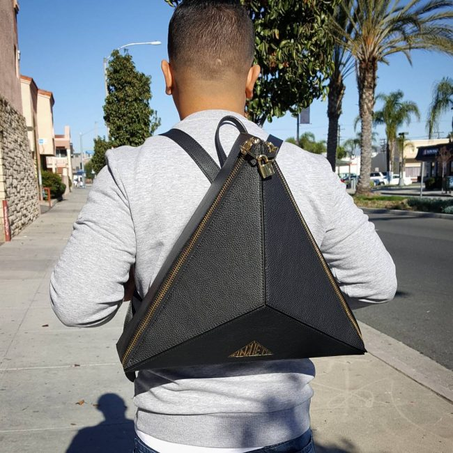 sac à dos en cuir noir