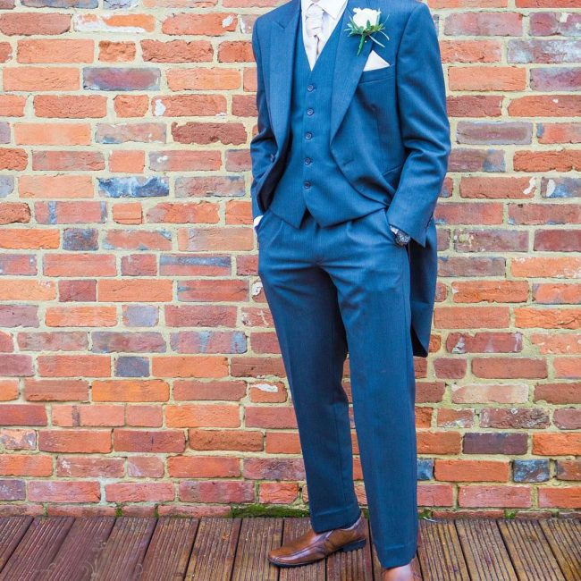 11 Long Coat 3-Piece Blue Suit & Brown Shoes