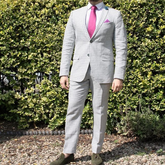 11 Pale Grey Squared Suit
