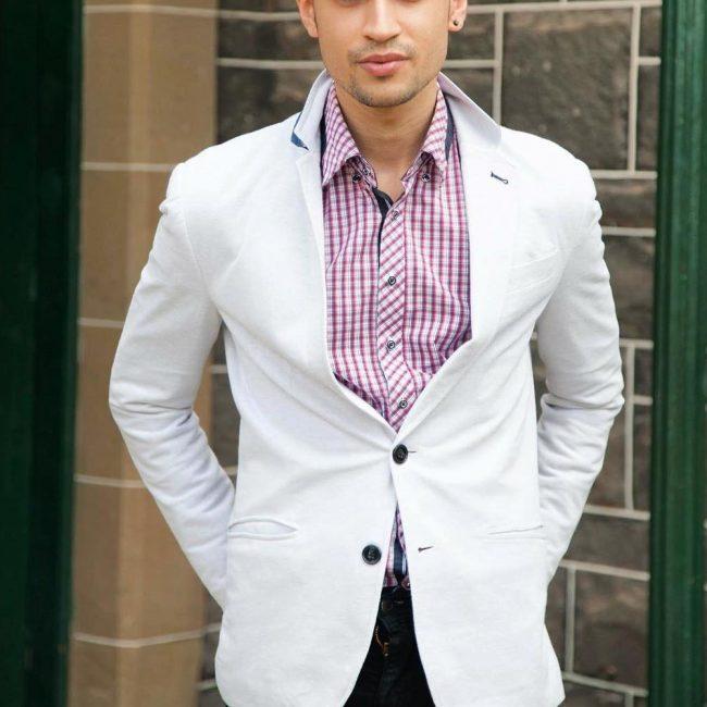 11 White Blazer with a Checked Shirt