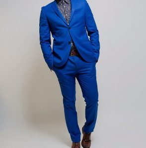 12 Fitting Blue Suit & Dark Brown Shoes