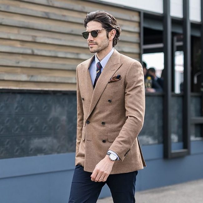 14-clashed-linen-with-a-crossed-coat