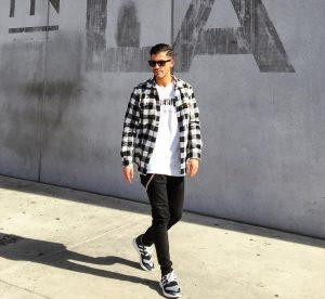 14 Lose Black Skinny Jeans