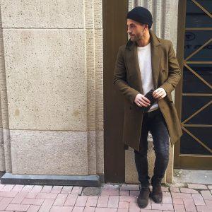 15 Black Faded Skinny Jeans