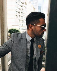 16 Classy Black Skinny Tie