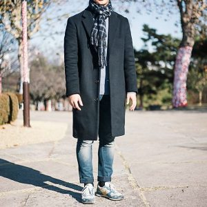 16 Faded Fitting Jeans & Long Black Coat