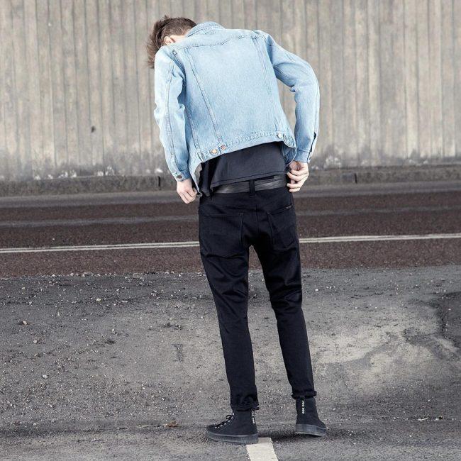17 Black Jeans & Faded Blue Jeans Jacket