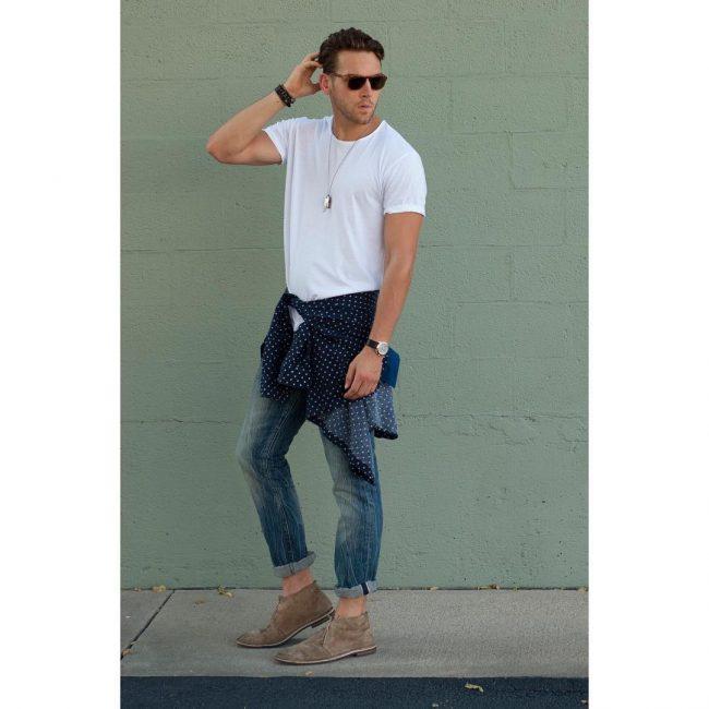 17 Crisp White T-Shirt