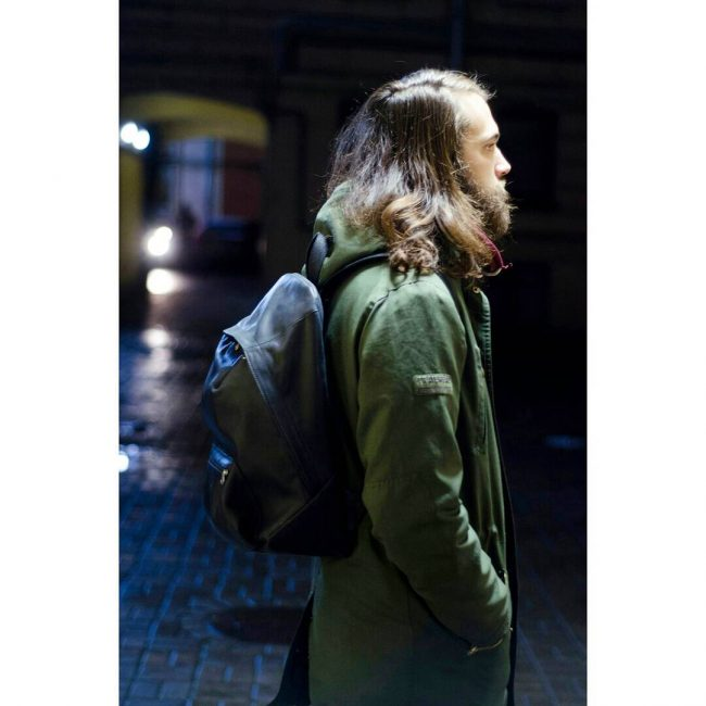 18 Black Backpack & Jungle Green Long Hoodie Jacket