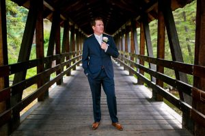 18 Dark Blue Suit & Tan Brown Leather Shoes